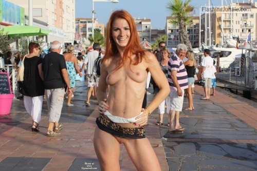 spyder999: outside only: Reblog for more exhibitionists... public nudity