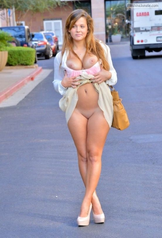 Public Nudity Pics Public Flashing Pics No Panties Pics Boobs Flash Pics