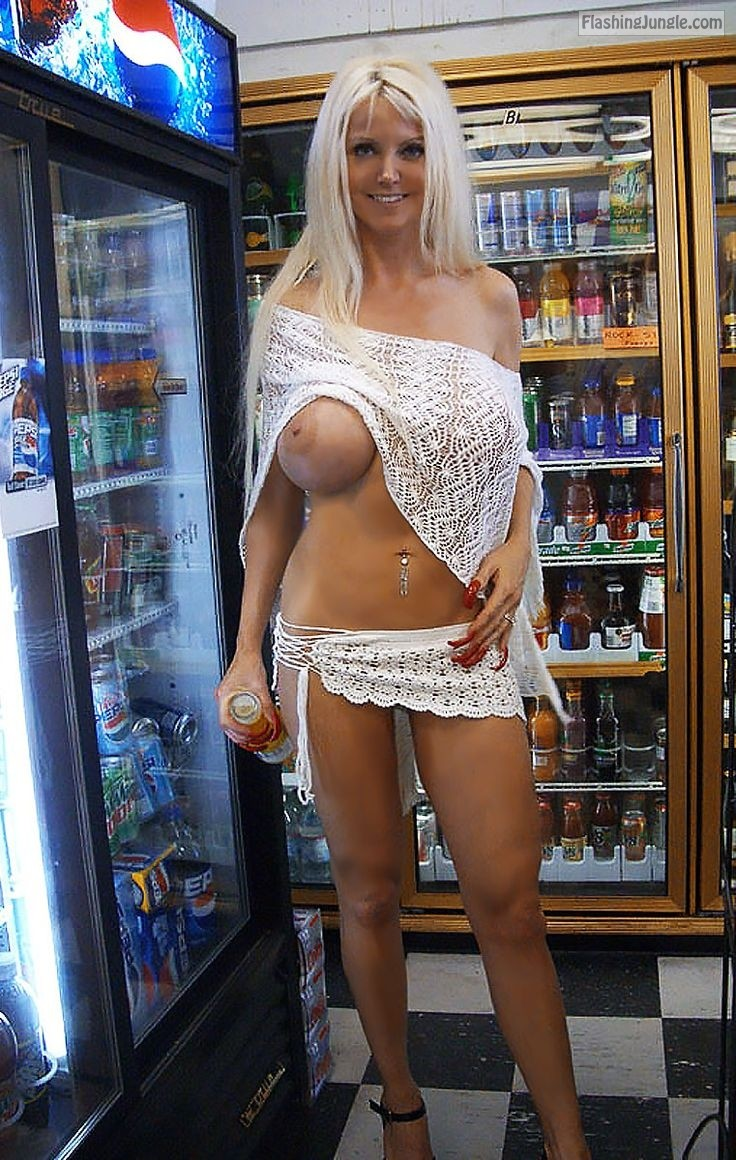 Exhib milf flashing in store