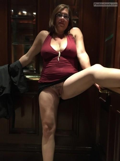 Pussy Flash Pics Public Flashing Pics No Panties Pics MILF Flashing Pics Mature Flashing Pics Hotwife Pics
