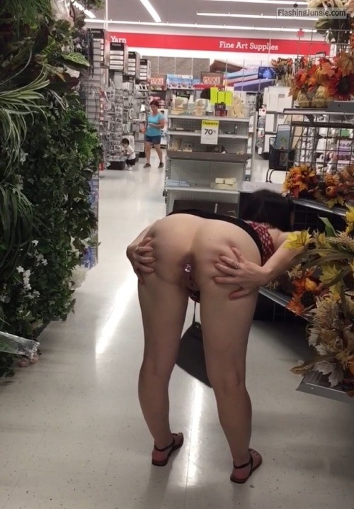 Sexy nude ass shopping 6