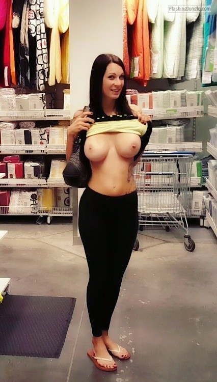 Perfect big round boobs brunnete public flashing milf pics flashing store boobs flash
