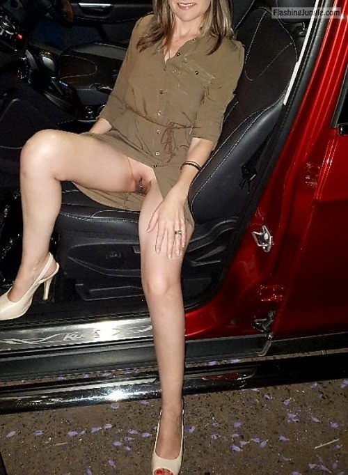 no underwear night out - sitting in car bitch flashing pics, hotwife