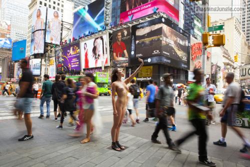 Voyeur Pics Teen Flashing Pics Public Nudity Pics