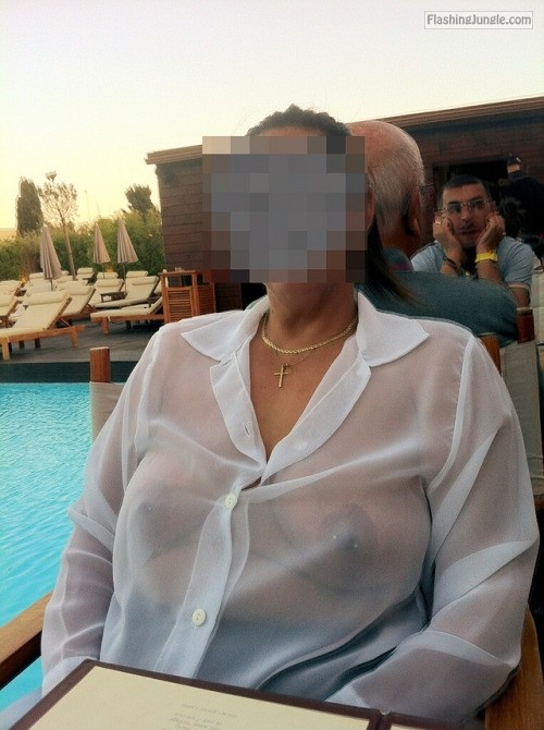 Apologise, big tit mature wife flashing difficult