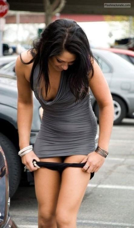 Voyeur Pics No Panties Pics
