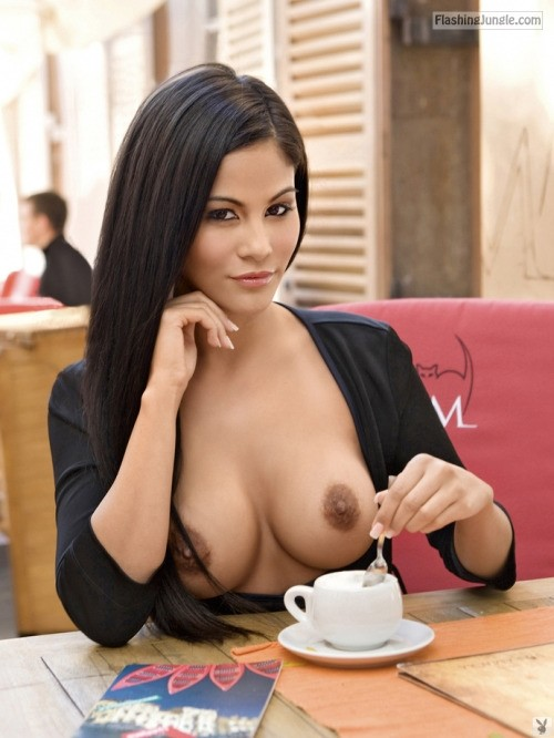 Brown coffee brown nipples: very sexy Latina
