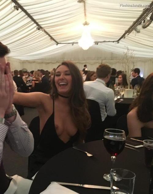 nudeandnaughtyflashing:Even the classiest, most formal events... public nudity