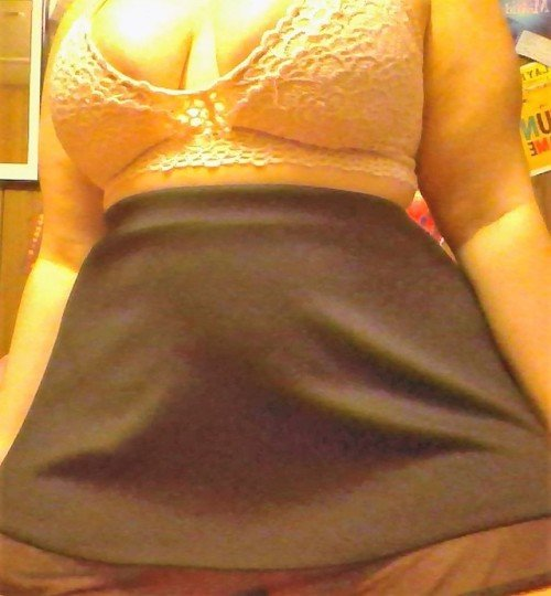 satinslutsilk: does daddy like my outfit?  no panties