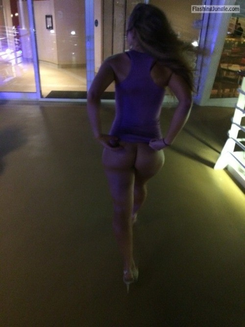 stlswingercpl: Heading into the club! Commando clubbing no panties