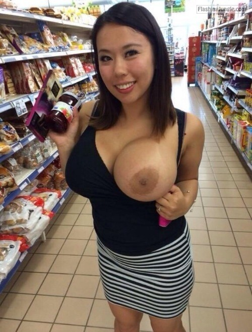 the flashing babes: supermarket hottie public sex