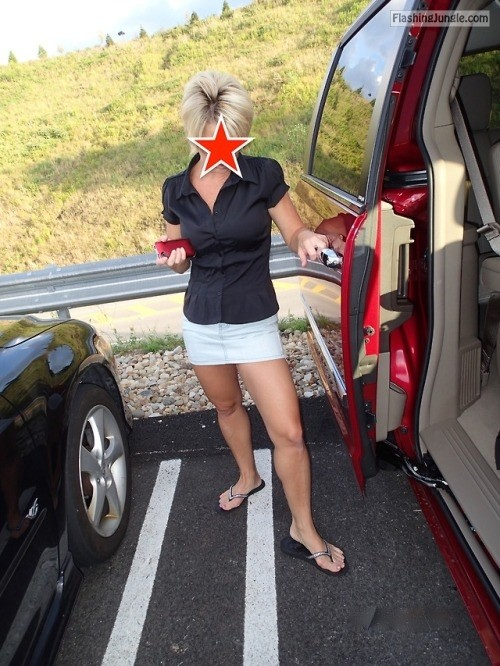 myhotwifekat: LOVE when the wife goes out without wearing... no panties