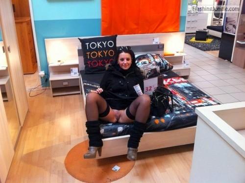 sexypieces:IKEA service public nudity