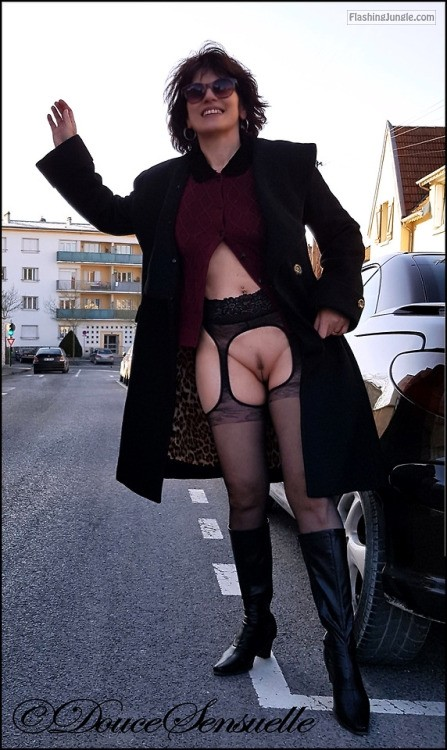 doucesensuelle: Follow us: https://ift.tt/2pJxbeO... no panties