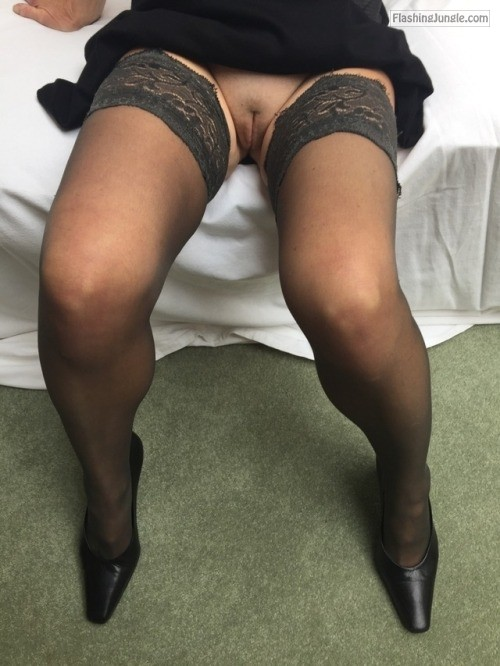 awesome msdiamond: Love flashing my fanny!! no panties