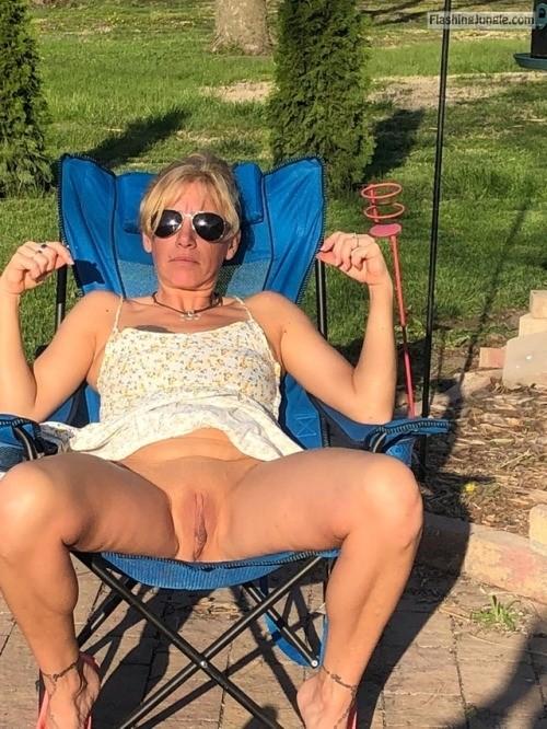 randy68: Somebody needs to take care of this. no panties