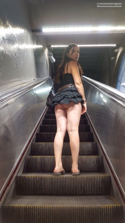 everwatchful:She quite aggressively asked me if I was looking up... public flashing
