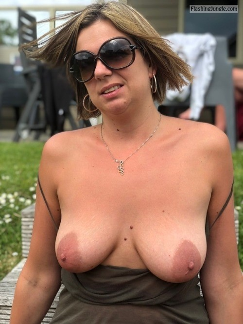sexywomen30062: Do You like the view? no panties