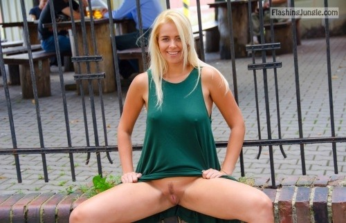 enticing dress code:Cute blonde clam public flashing