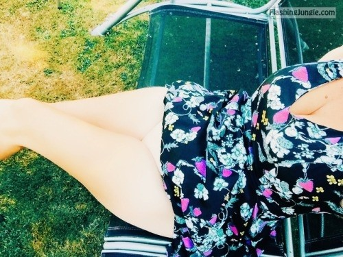 southcoastmilf: Summer days are too hot for panties I... no panties