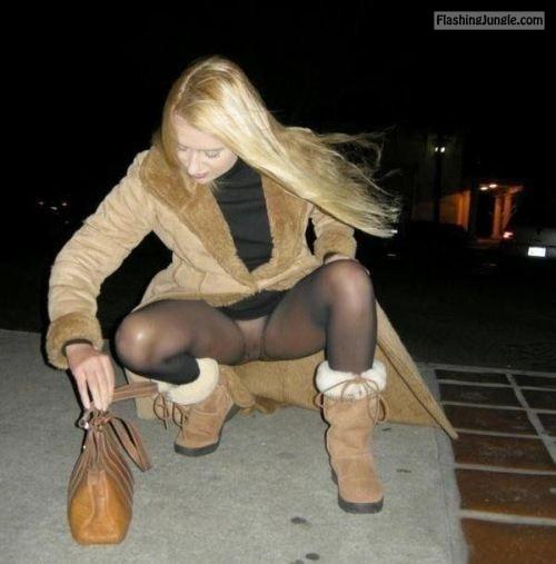 luftige zeiten: Na ja, ich hab die Ersatzstrumpfhose vergessen!... public flashing