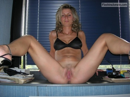 Housewife spreading her coochie in the kitchen pussy flash no panties milf pics howife