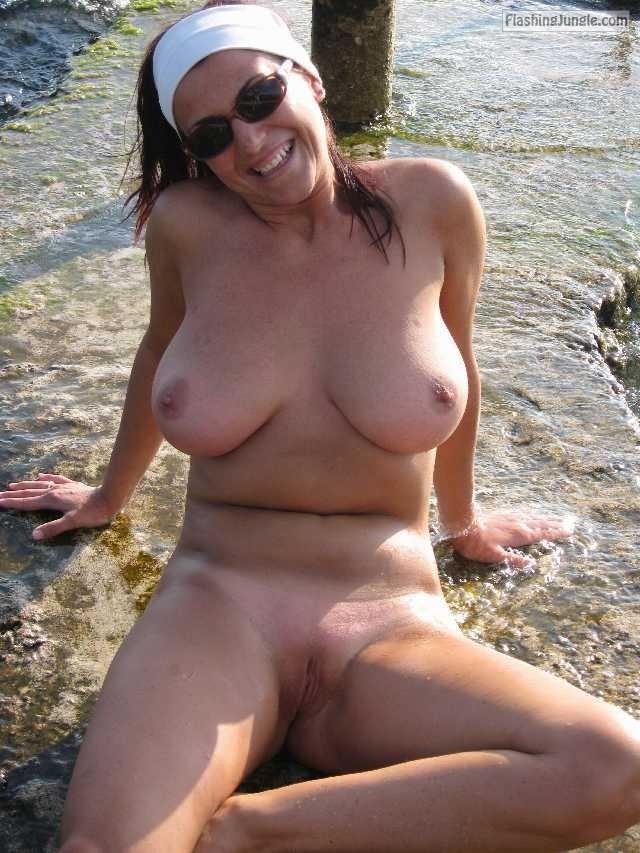 Pussy Flash Pics Public Nudity Pics Nude Beach Pics No Panties Pics MILF Flashing Pics Boobs Flash Pics