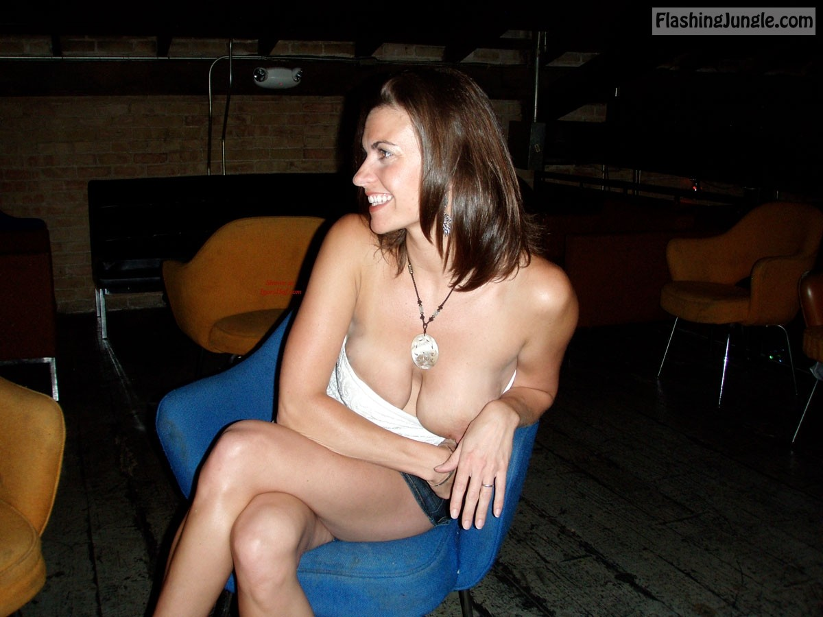 Upskirt Pics Public Flashing Pics Boobs Flash Pics