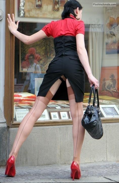 No panties under red and black dress upskirt