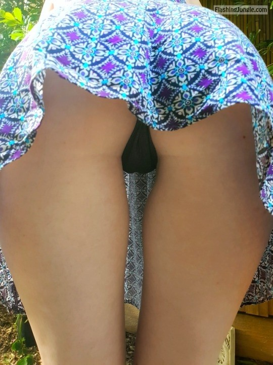 redhotqld: 100 reblogs in the next 6 hours and next pics will be pantyless! 😈💋Promise 💋✌️Reblog and... no panties