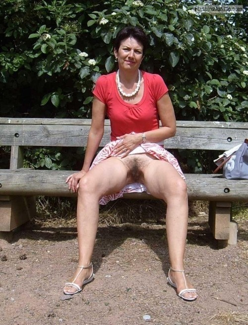 Hairy mature cunt on park bench pussy flash public flashing no panties mature