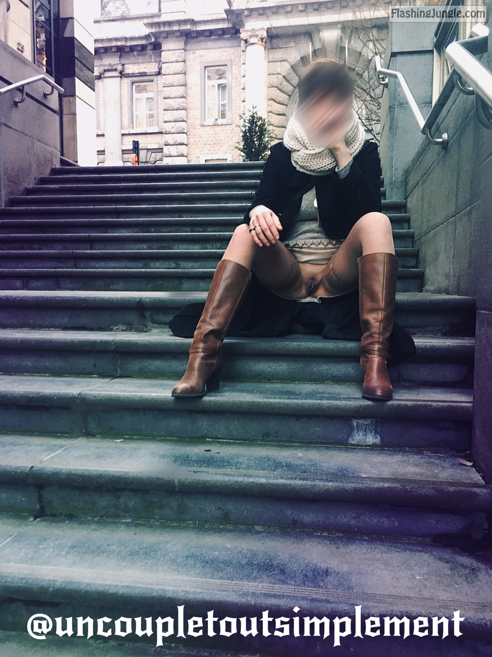 Sitting pantyless on public stairs   Fashion style no panties