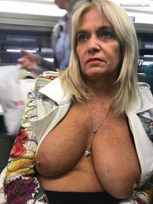 Mom Flashes Tits Public