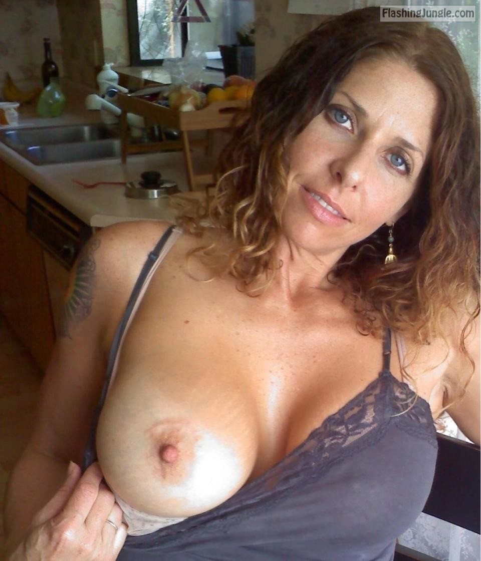 Milf Flashing Pics  Google Search Boobs Flash Pics -4038