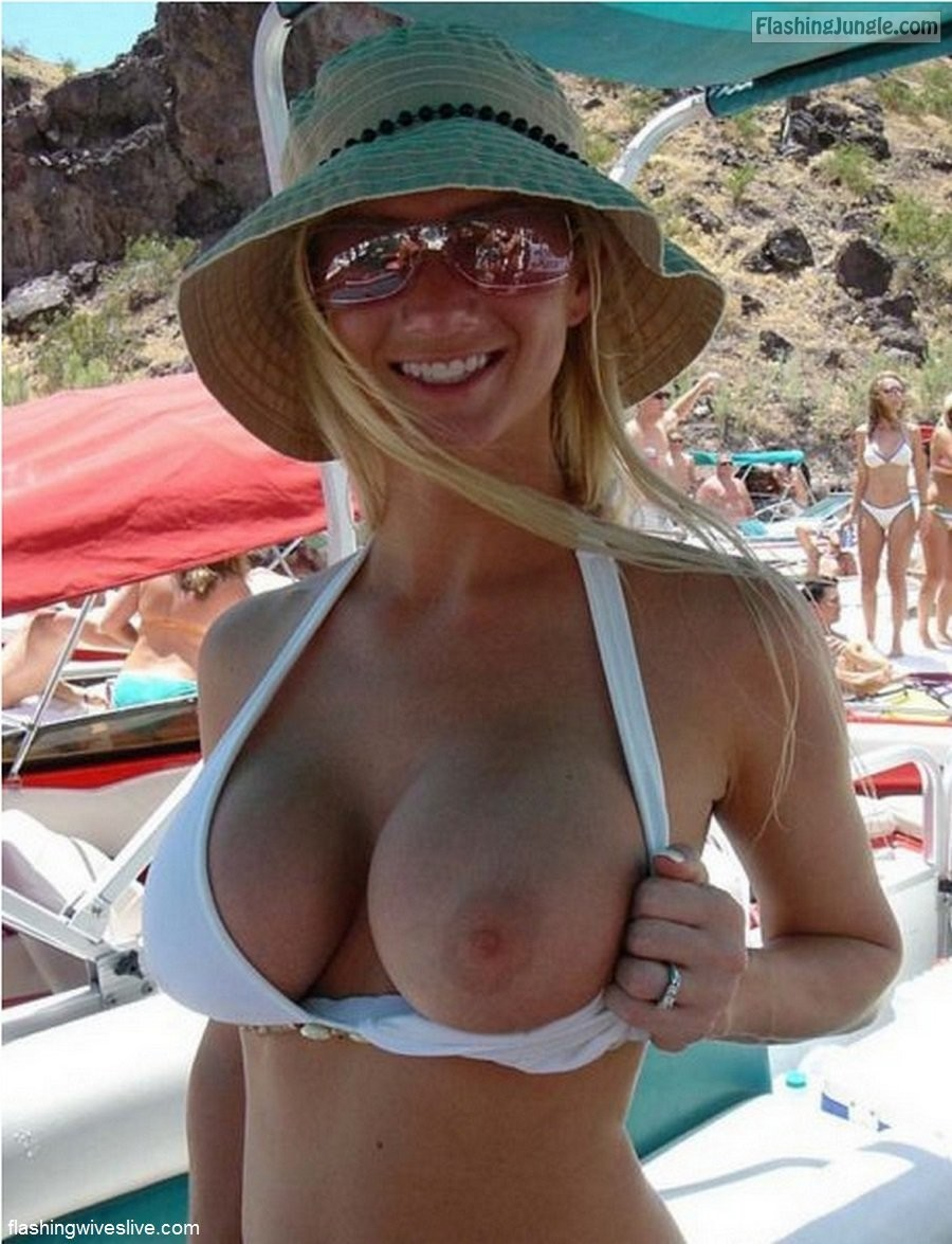 flashing my boobs