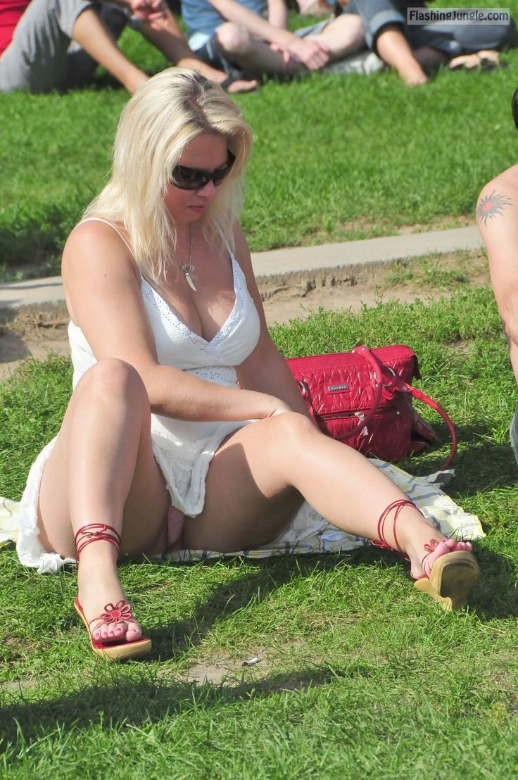 Flashing Milf