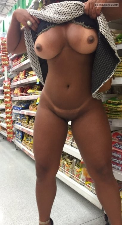 Athletic Ebony Supermarket Big Breasts Tan Lines Boobs -8958