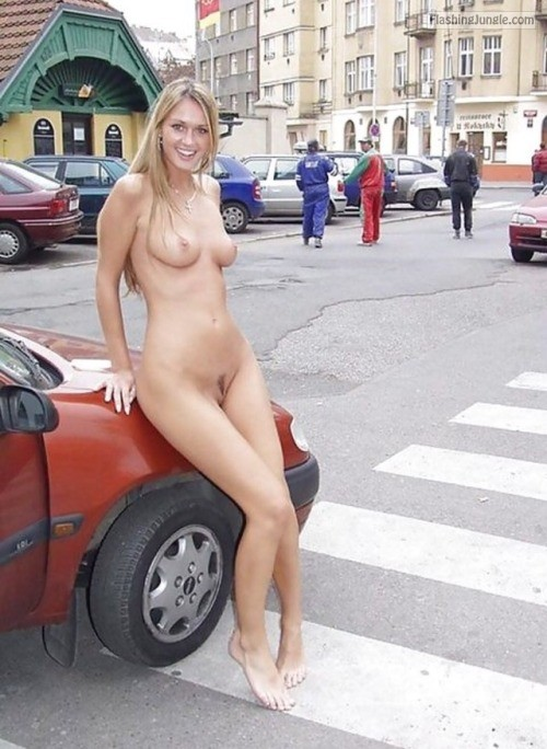 European Blonde Fully Naked Public Nudity Pics From Google -3434