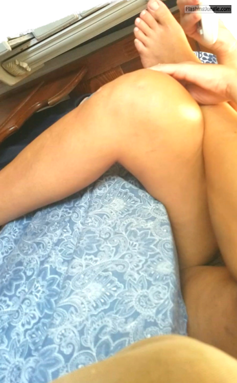 Voyeur Upskirt Photo That You Will Check It Out Twice No -2447