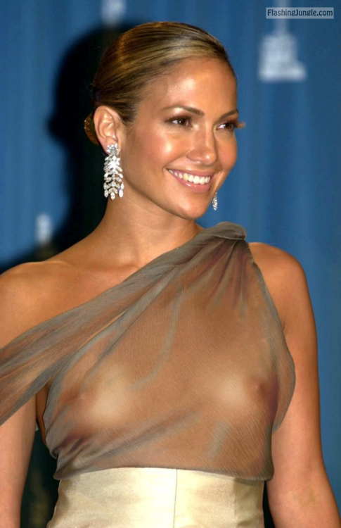 Celeb Jennifer Lopez Nude Tits See Through Top Boobs Flash -1669