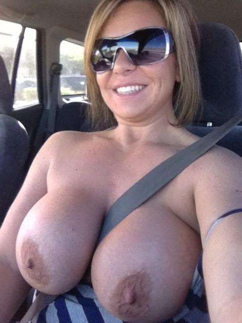 Mom flashing boobs