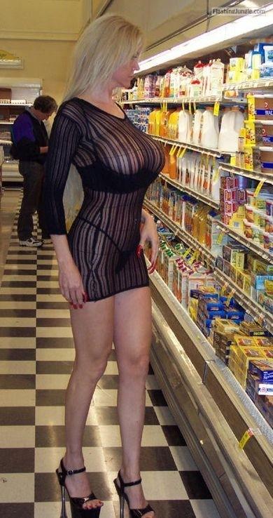 Carelessinpublicmilf Showing Her Big Boobs Inside A Shop -8047