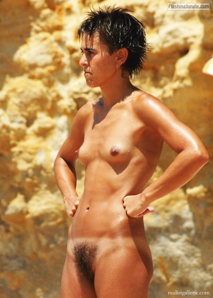 Hot Milf Captured Naked At The Beach Exposing Her Hairy -6639