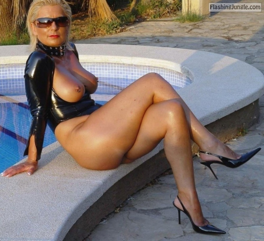 milf stiletto