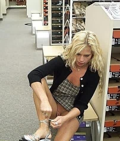Blonde with no panties in shoe store upskirt pussy flash public flashing no panties flashing store