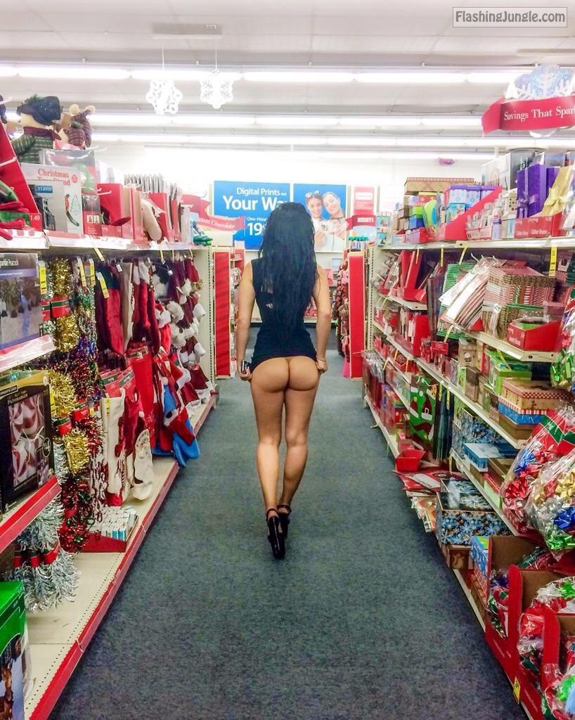 Exhibitionist at the supermarket 7