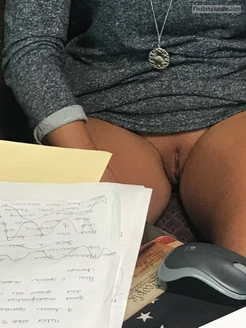 Pussy Flash Pics No Panties Pics