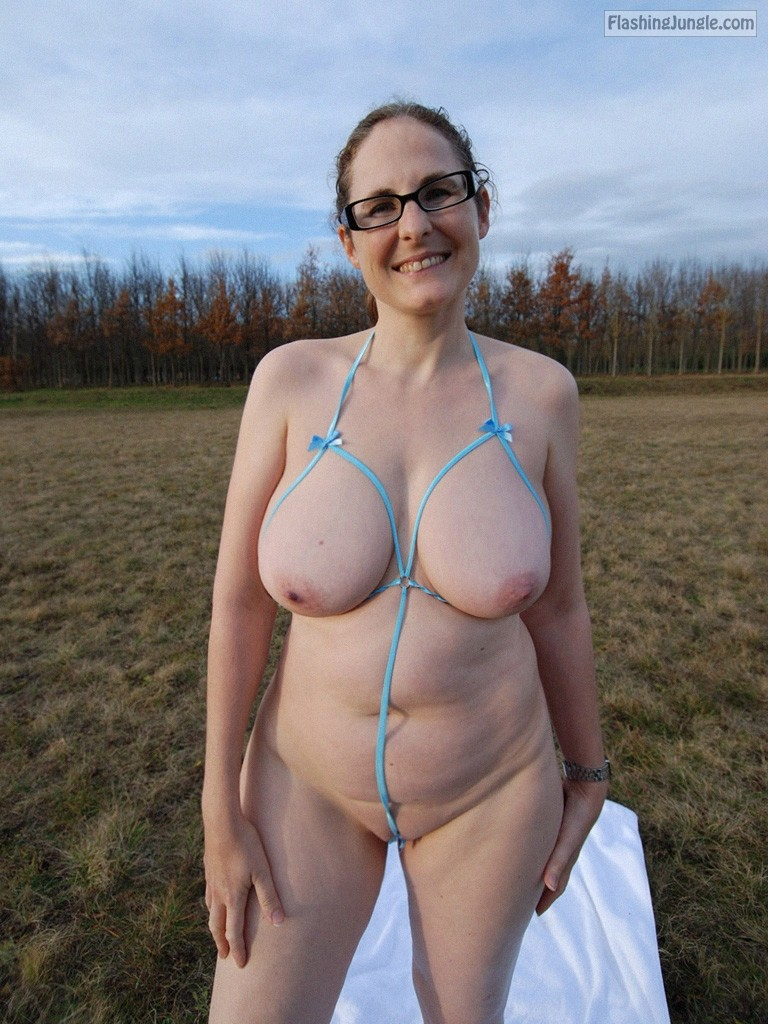 Sunny Day, Good Mood And Public Nudity Shots Of Busty Milf-5609