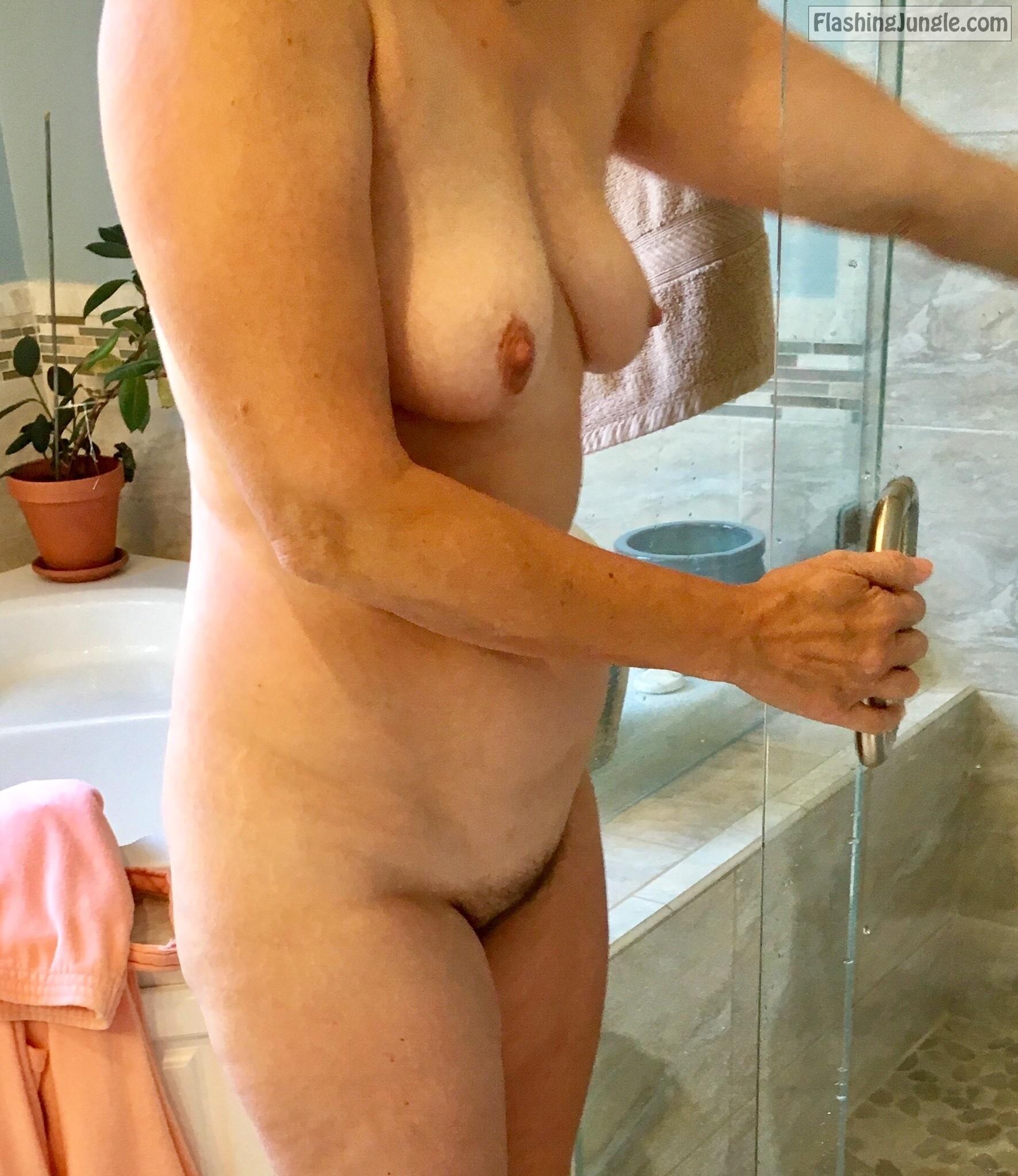 Saggy tits milf bathroom