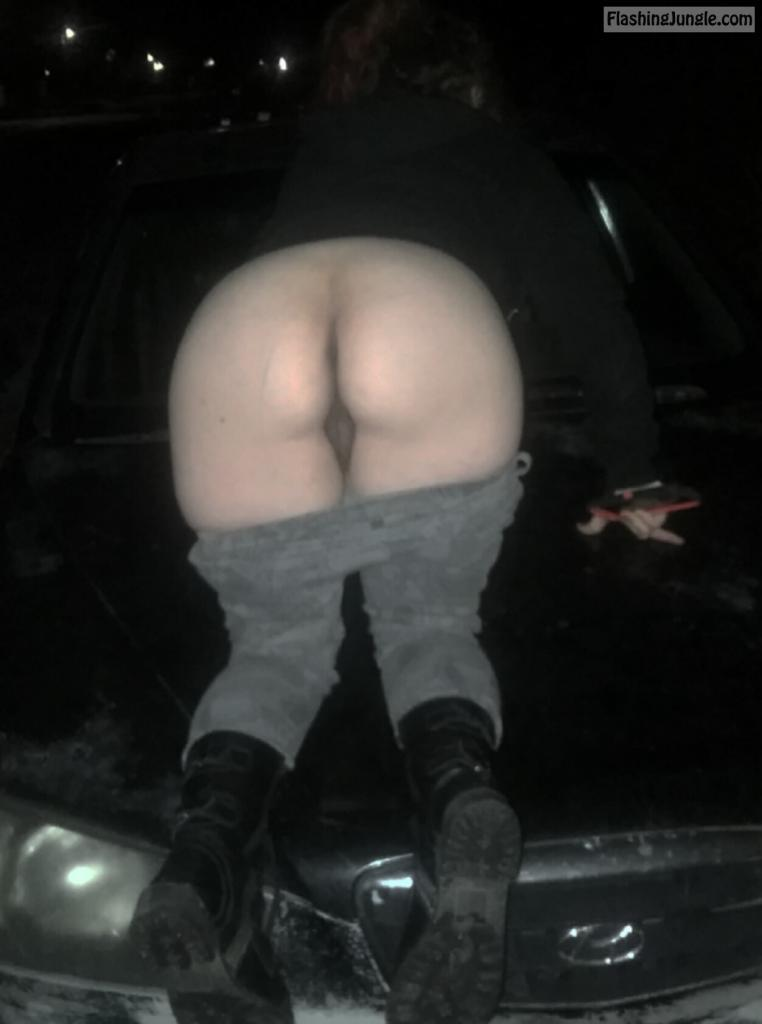 wife naked ass flash